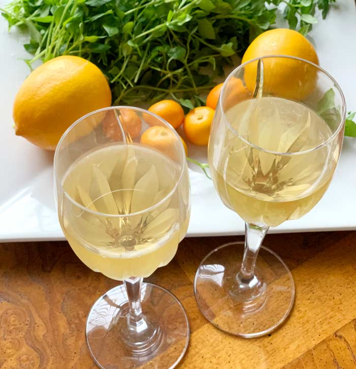 Chickweed wine recipe from Tyrant Farms