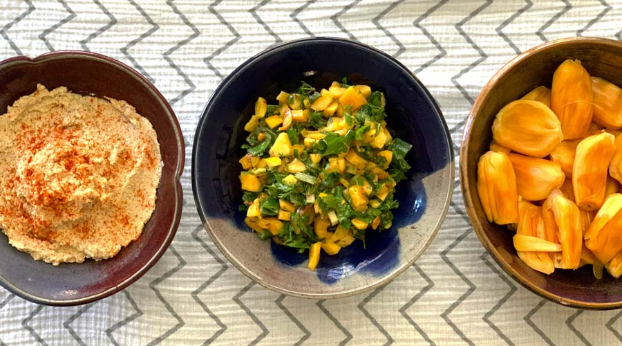 2-in-1 recipe: Jackfruit seed humus and jackfruit salsa thumbnail