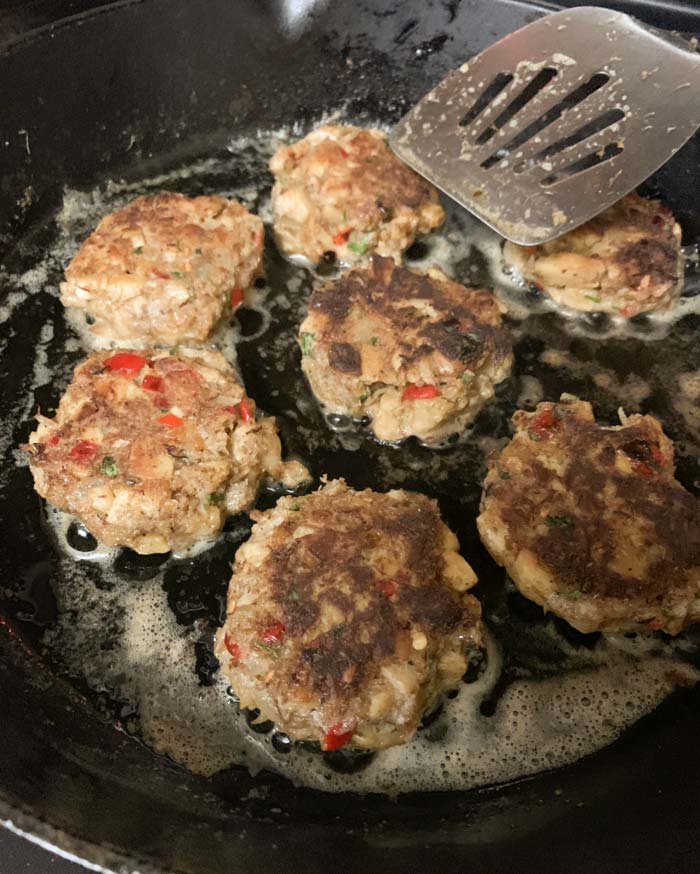 Meatless lion's mane crab cakes sautéeing to perfection!