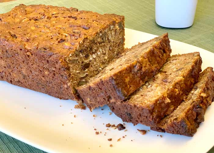 Slices of persimmon bread.